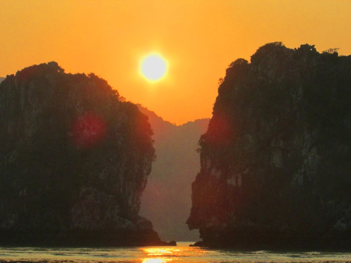 Ha Long Bay_Sunset